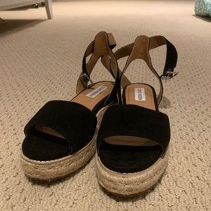 Steve Madden BRAND NEW platform sandals